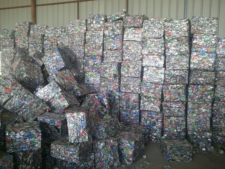 Non ferrous scrap material to process Al cans