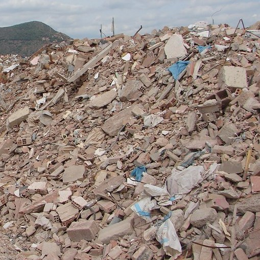 Construction and Demolition Waste (CDW) processable materials Construction waste container