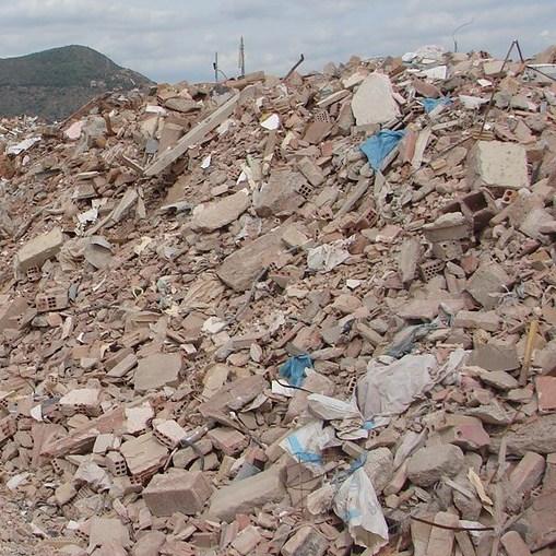 Bau- und abbruchabfälle verarbeitbare materialien Bauschuttcontainer