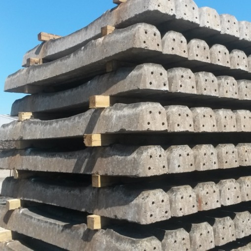 Construction and Demolition Waste (CDW) material to process concrete sleepers