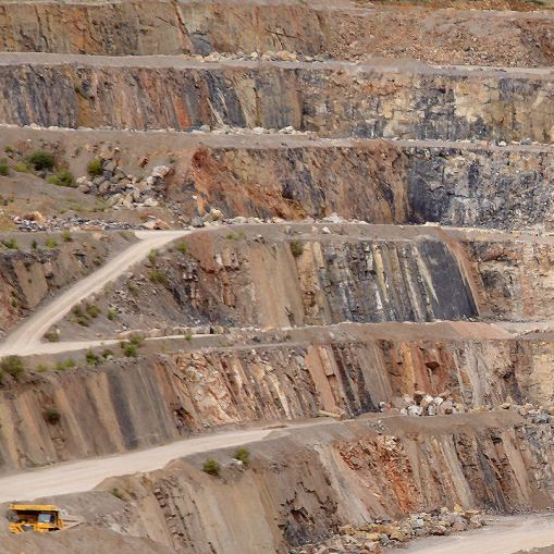Aggregates material to process Limestone